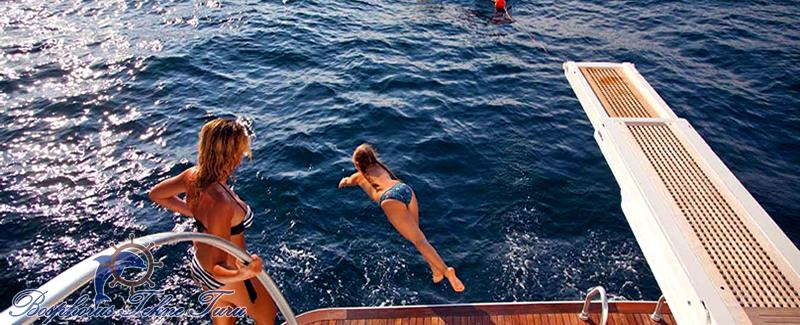 Teknede yapılabilecek tüm etkinliklerden yazımızda bahsedilmiştir.